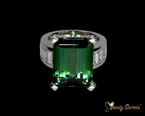 Vanity Secrets London Ring Green Tourmaline