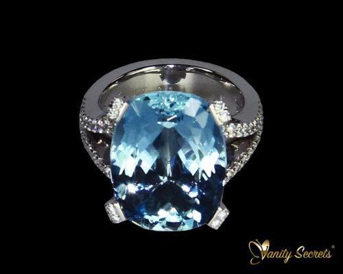 Vanity Secrets London Ring Brazilian Aquamarine