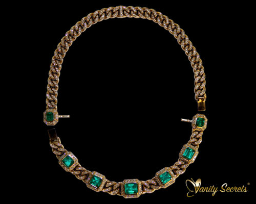 High Jewelry Vanity Secrets Colombian Emerald