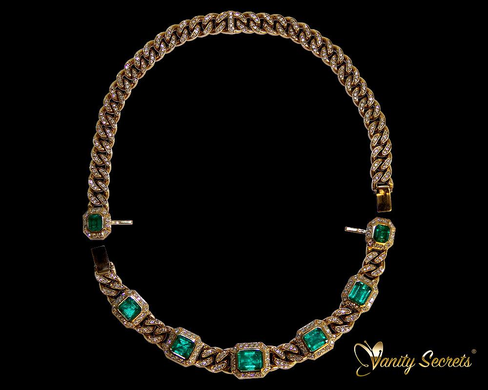 High Jewelry Vanity Secrets Colombian Emerald